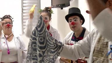 Projeto celebra Dia do Riso em hospital - Ação realizada pela 'Trupe do Riso' leva alegria para pacientes de Mogi das Cruzes e região.