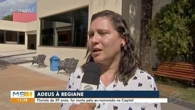 Familiares de florista morta por ex-namorado pedem justiça - Regiane Fernandes foi sepultada na manhã desta segunda