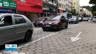 Nova Friburgo, RJ, põe guardas municipais para atuarem no trânsito - Decisão divide opiniões de motoristas.