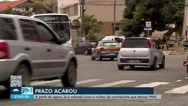 Condutores de veículos de Barbacena se apressam para quitar IPVA - Expectativa é de que 90% dos donos de veículos do município paguem o imposto.