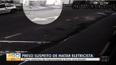 Polícia Civil investiga morte de eletricista em Goiás - Vítima foi pega de surpresa e esfaqueada.