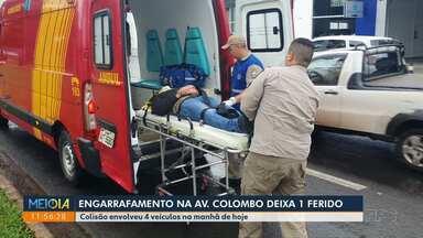 Engavetamento deixa 1 ferido na Colombo - Acidente aconteceu na manhã desta quinta-feira (23).