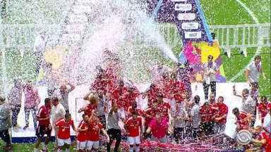 Inter vence o clássico Gre-Nal e conquista o quinto título da Copa São Paulo - Colorados bateram os gremistas nos pênaltis.