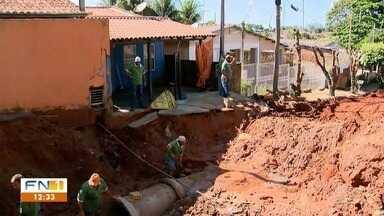 Prefeitura de Junqueirópolis segue com obras na Vila Beatriz - Uma cratera se abriu no local por conta da chuva.
