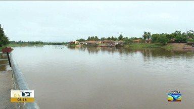 Pescador morre após mergulhar em rio no Maranhão - Braulino Batista Silva, de 63 anos, saiu de casa com três netos pequenos para mergulhar em um igarapé que liga o Rio Pindaré ao Lago Grajaú.