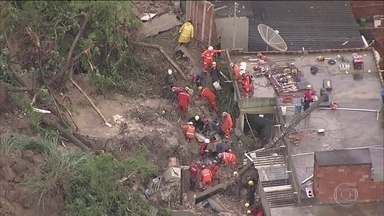 Chega a 44 número de mortos com chuvas em Minas Gerais - Ao todo, 19 pessoas ainda estão desaparecidas; 17 mil pessoas estão desabrigadas em todo o estado.