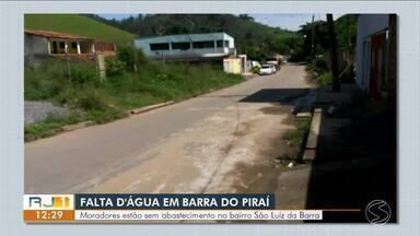 Moradores de Barra do Piraí reclamam de falta de água constante - Bairro São Luiz da Barra está desde outubro com problema no abastecimento.
