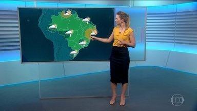 Veja a previsão do tempo para a quarta-feira (29) - Tem aviso de temporal com raios, chuva e vento fortes no Sul do Espírito Santo, grande parte do Rio de Janeiro, Minas Gerais, subindo para Brasília até o Nordeste.