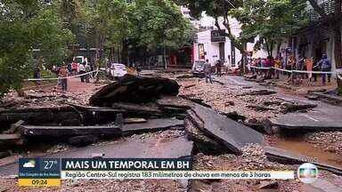 Praça Marília de Dirceu, na Região Centro-Sul de BH, fica destruída após temporal - Garagens e lojas ficaram alagadas.