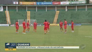 Carpini deixa dúvida sobre participação de Giovanny e Crispim em jogo contra o Mirassol - Duelo entre Bugre e Mirassol acontece nesta quinta-feira (30), no Estádio Municipal José Maria de Campos Maia.