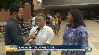 Estudantes da UFPB estão sem receber auxílios para moradia e alimentação - Confira os detalhes com o repórter Ítalo Di Lucena.