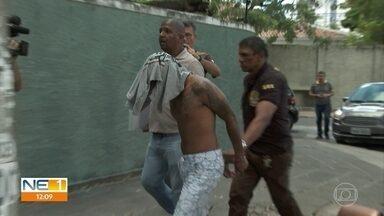 Operação policial prende pessoas envolvidas em feminicídio - Crime foi cometido por ordem de presidiário, segundo delegado responsável pelas investigações.