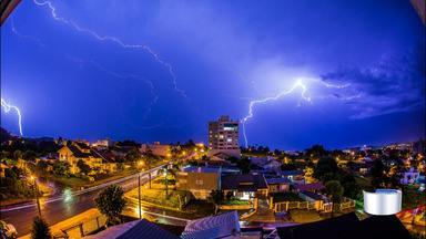 Aumenta a incidência de raios em São José dos Campos - Em 2019 o aumento foi de 44% em comparação com 2018.