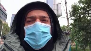 Governo brasileiro anuncia que vai retirar brasileiros que queiram sair de Wuhan - Medida foi anunciada depois que um grupo divulgou um vídeo com pedido de ajuda. Um deles é um piloto que já está em quarentena há 11 dias na cidade chinesa.