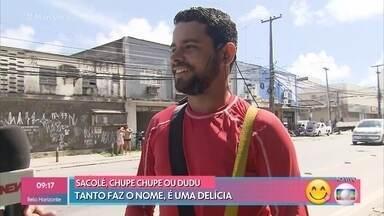 Técio Lagos ganha a vida vendendo 'dudus' nos sinais - Dudu, chupe chupe ou sacolé: em cada região um nome, mas em todos os lugares uma delícia que é unanimidade durante o verão brasileiro