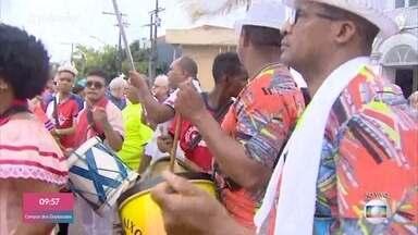 Macapá comemora aniversário com festa - Cidade é a única capital brasileira cortada pela linha do Equador