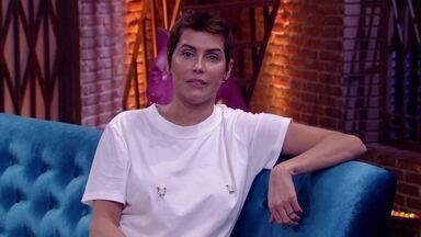 Deborah Secco - Com muito bom humor, Deborah Secco participa de todas as brincadeiras e abre o jogo sobre sua intimidade.