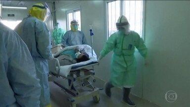 China adota medidas extremas para conter novo coronavírus - Em Wuhan, epicentro do surto, médicos se mobilizam em turnos ininterruptos para visitar cada casa da cidade e checar a temperatura de todos os moradores.