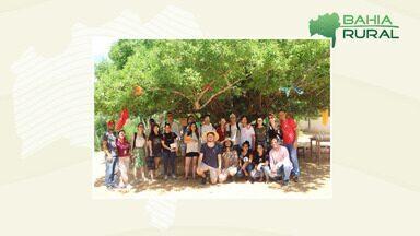 Comunidades rurais recebem a visita de estudantes estrangeiros defensores do 'slow food' - Movimento defende o comércio justo, sustentável e o modo tradicional de produção de alimentos.