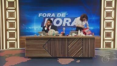 Programa de 11/02/2020 - Ancorado pelos atores Paulo Vieira e Renata Gaspar, o humorístico pretende ressignificar as imagens e discursos do noticiário com todas as sátiras e paródias de assuntos reais que couberem em um telejornal surreal.