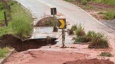 Mais de 200 cidades de Minas estão em estado de emergência por causa das chuvas - Mais de 200 cidades de Minas estão em estado de emergência por causa das chuvas