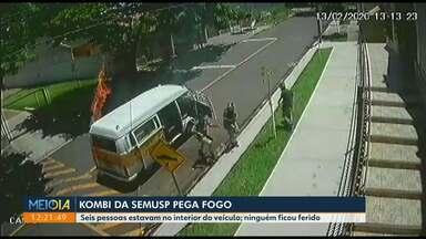 Kombi da Semusp pega fogo - Acidente foi registrado por câmera de segurança.