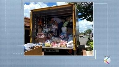 Donativos arrecadados em Uberaba são enviados para vítimas das chuvas de Minas Gerais - Essa é a primeira remessa de doações angariadas na cidade.