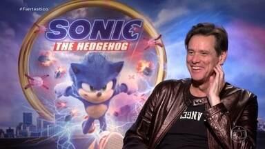 'Personagens sempre têm algo que se encaixa em mim', diz Jim Carrey sobre papel em 'Sonic' - A estreia do filme foi adiada de novembro para fevereiro, depois que o visual do porco-espinho desagradou os fãs e viralizou na internet. Sonic foi totalmente redesenhado.