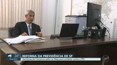 Servidores de Campinas protestam contra reforma da previdência estadual em São Paulo - Segunda votação pode ocorrer na noite desta quarta-feira (19). Professores da rede estadual de ensino e servidores de outras categorias estão apreensivos com possíveis mudanças.