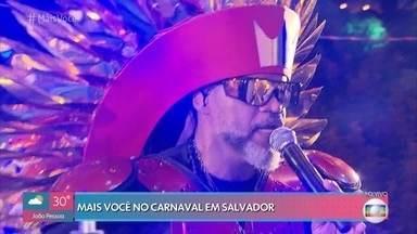Carlinhos Brown abriu o carnaval oficial de Salvador nesta quinta - Confira algumas das atrações programadas para esta sexta na capital baiana