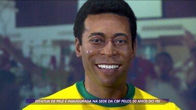 Estátua de Pelé é inaugurada na sede da CBF - Estátua de Pelé é inaugurada na sede da CBF