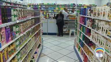 Cresce procura por máscaras e álcool em gel em São José dos Campos - Por causa de caso confirmado de coronavírus, cresce busca de máscaras e álcool em gel nas farmácias.