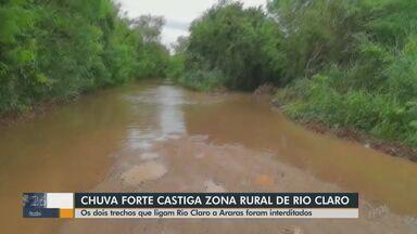 Chuva forte atinge Rio Claro e zona rural tem interdição - Duas estradas que ligam Rio Claro a Araras foram interditadas após Rio Corumbataí transbordar.