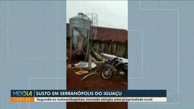 Tornado passa por cidade do Paraná - Susto foi registrado em Serranópolis do Iguaçu, segundo meteorologistas.
