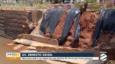 Dois dos três pontos prejudicados pela chuva na Ernesto Geisel já foram recuperados - Obra para recuperar placas de concreto devem começar na semana que vem.