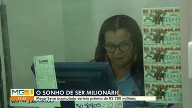 Mega-Sena acumulada sorteia prêmio de R$200 milhões - Em Montes Claros, quem deixou para tentar a sorte na última hora, teve que ter paciência.