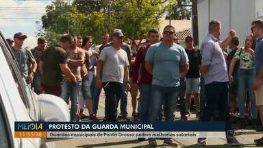 Guardas municipais de Ponta Grossa protestam - Eles pedem readequação salarial.
