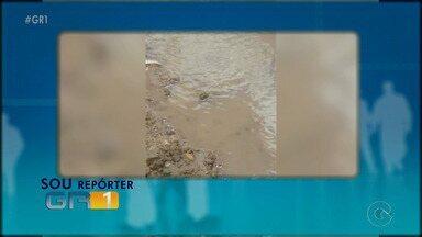 Moradores reclamam de vazamento de água no Serrote do Urubu em Petrolina - Confira no quadro 'Sou Repórter GR1'.