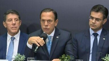Governador de SP fala sobre ações de combate ao coronavírus em entrevista coletiva - A liberação de R$ 30 milhões foi a primeira medida anunciada por João Dória.