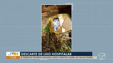Vigilância Sanitária encontra descartes de lixo hospitalar em terreno baldio, em Santarém - Material usado causa risco de contaminação de doenças.