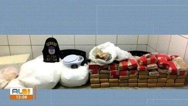Polícia Militar apreende mais de 70 quilos de drogas no Clima Bom - Militares chegaram ao local após denúncias.