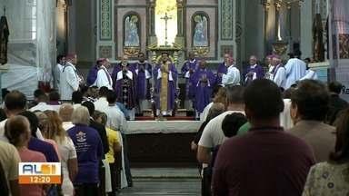 Arcebispos do Nordeste participam da abertura da Campanha da Fraternidade em Alagoas - Eles se reuniram em uma cerimônia na Catedral Metropolitana de Maceió.
