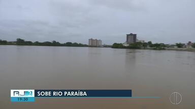 Rio Paraíba do Sul atinge 7,89 metros e tendência é continuar subindo - Última medição aconteceu na manhã deste sábado (29).
