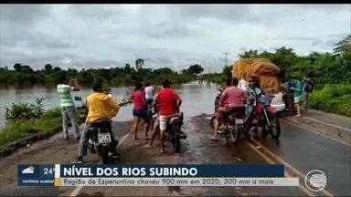 Região de Esperantina recebe 900 mm de chuva e nível do Rio Parnaíba sobe - Região de Esperantina recebe 900 mm de chuva e nível do Rio Parnaíba sobe