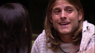 Daniel se justifica para Ivy: 'Eu não sei o que acontece' - Daniel se justifica para Ivy: 'Eu não sei o que acontece'