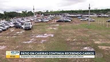 Pátio de Caieiras recebe carros e sobram vagas em pátios credenciados pelo Detran - Motoristas de carros apreendidos reclamam que mexem nos veículos.