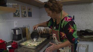 Kátia prepara lasanha para comemorar o 'Dando o Retoque' - undefined