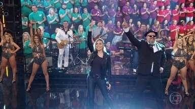 The Soundtrackers cantam 'Dancing Queen' - Confira o sucesso de ABBA