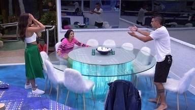 Felipe questiona atitude de Pyong: 'Ele estava torcendo para você e não para Rafa?' - Felipe questiona atitude de Pyong: 'Ele estava torcendo para você e não para Rafa?'