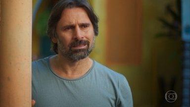 Juan afirma que está determinado a ir para o Brasil - Ele tenta convencer Mário a se mudar para São Paulo também